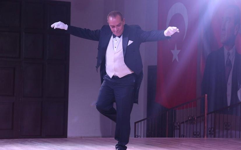 Çakma Atatürk'e bir tepki de Sevilay Yılman'dan: Bunu yeri tımarhane!