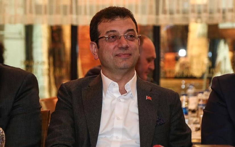 İstanbul Büyükşehir Belediyesi'nde gazetecilere görev