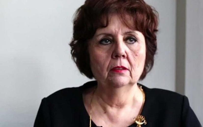 Ayşenur Arslan aşı konusunda Türkiye'yi karalamak isterken yine rezil oldu