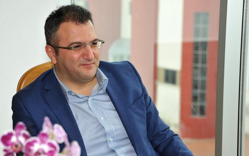 Cem Küçük'ten Abdulkadir Selvi'ye Kabine Değişikliği göndermesi