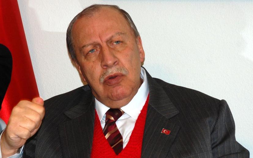 """Ahmet Hakan """"Yaşar Okuyan tam bir troldür"""""""