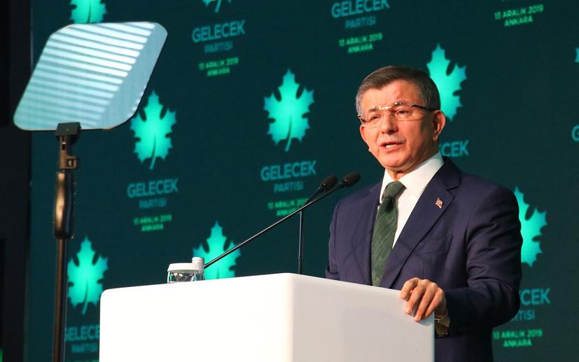 Fuat Uğur'dan Ahmet Davutoğlu'nu kızdıracak sorular