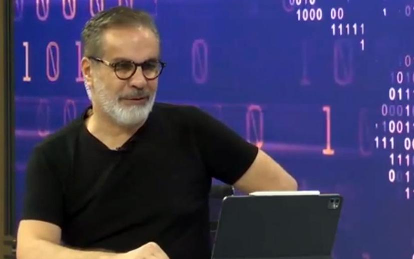 Hadi Özışık, Ali Babacan'a Kürtçe türkü ile cevap verdi