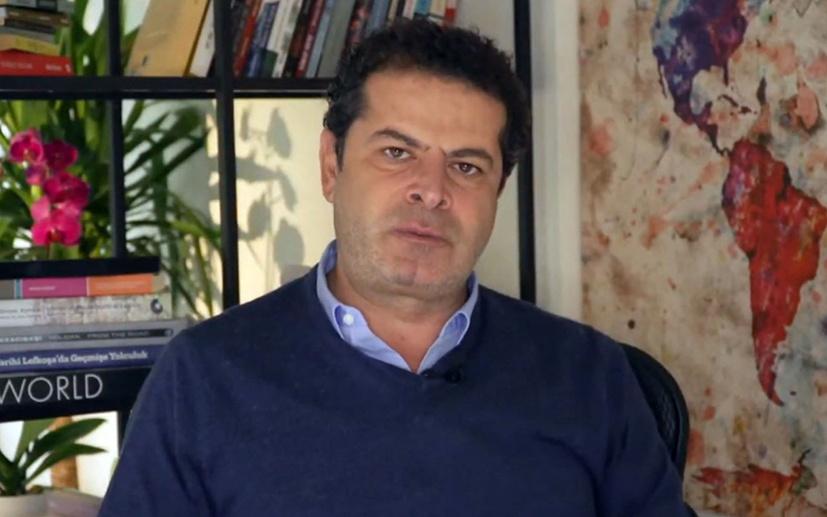"""Cüneyt Özdemir'den iktidara """"medya"""" uyarısı"""