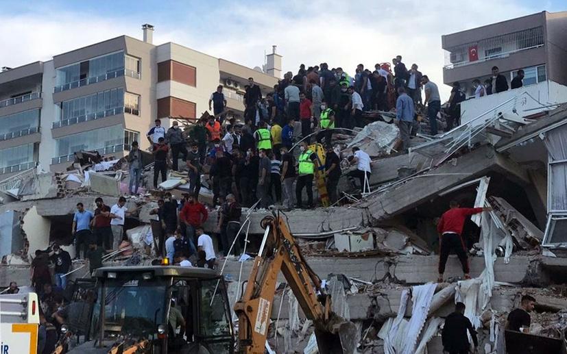 Deniz Sipahi: İzmir'de pozitifle temaslı birbirine karıştı