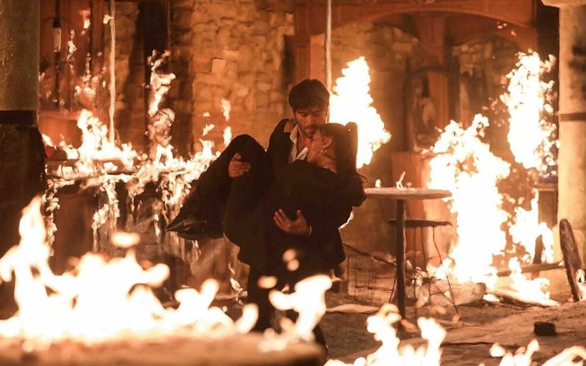 Alev Alev'in yangın sahnesi çok konuşuldu
