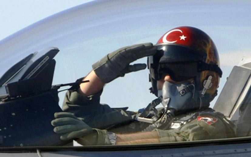 Milliyet yazarı duyurdu: TRT'den F16 dizisi mi geliyor?