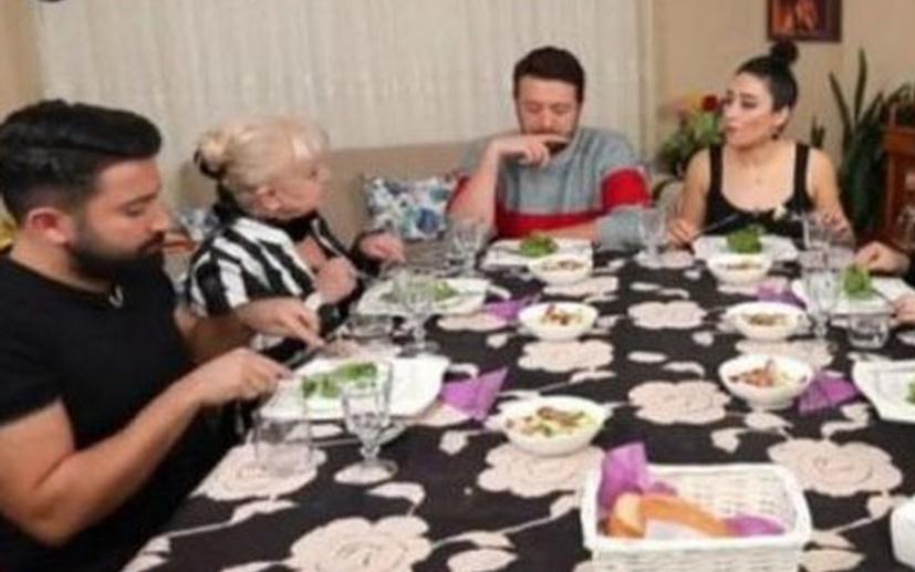 Soner Pakdemir Yemekteyiz'den neden çıkartıldı?  Kafa karıştıran açıklamalar