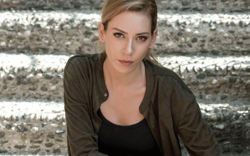 Rol aldığı dizisi yayından kaldırılmıştı! Sinema Kobal'dan nazar önlemi