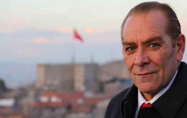 Herkes çakma Atatürk Göksel Kaya'yı konuşuyor! Göksel Kaya kimdir, asıl mesleği ne? - Sayfa 3