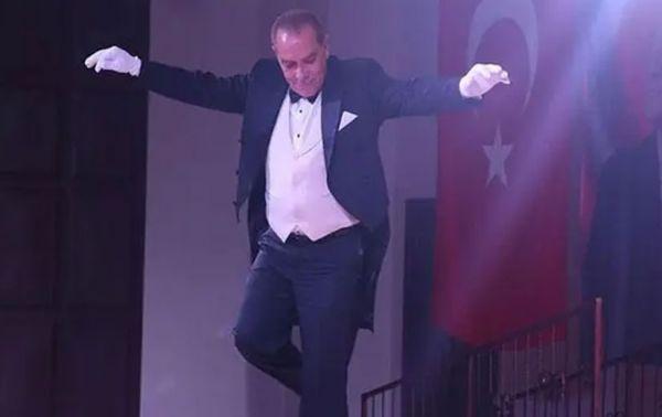 Herkes çakma Atatürk Göksel Kaya'yı konuşuyor! Göksel Kaya kimdir, asıl mesleği ne? - Sayfa 4