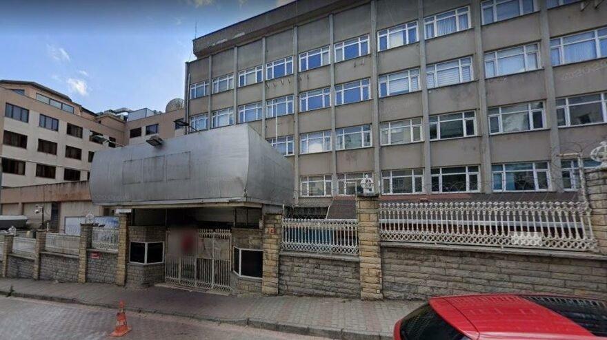Samanyolu TV'nin Üsküdar'daki binası yıkıldı