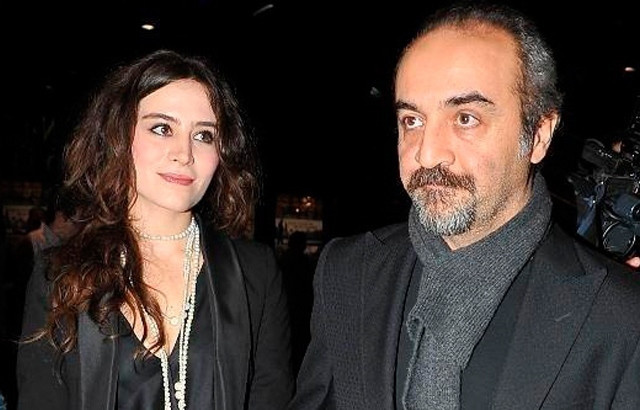 Yılmaz Erdoğan ve Belçim Bilgin boşandı! Dedikodular doğru çıktı - Sayfa 4