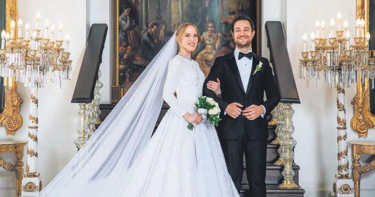 Medya patronları dünür oldu! Yelda Demirören ve Haluk Kalyoncu evlendi! - Sayfa 1