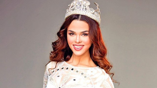Best Model of Turkey birincisi Aslıhan Karalar tesettüre girdi! Sosyal medya sallandı - Sayfa 2